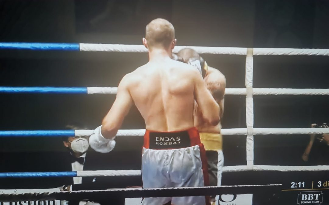 Adriano Sperandio nuovo Campione Italiano Light Heavyweight!